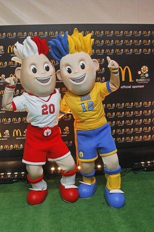 Maskotki Euro 2012 w McDonald's (FOTO)