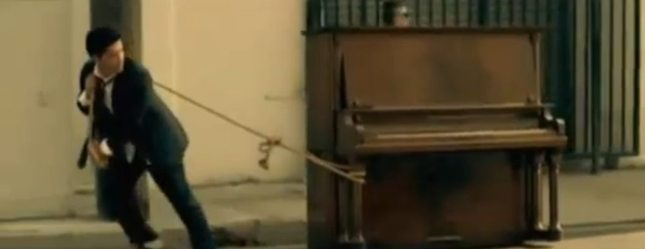 Grenade - nowy teledysk Bruno Marsa [VIDEO]