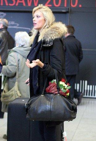 Anja Rubik przyleciała do Polski (FOTO)