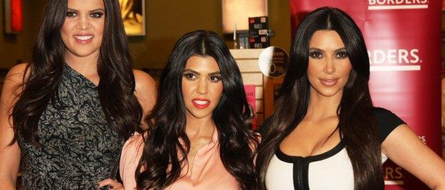 Siostry Kardashian promują książkę (FOTO)