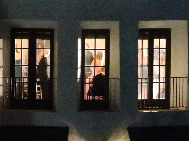 Kaley Cuoco wyszła za mąż w Sylwestra (FOTO)
