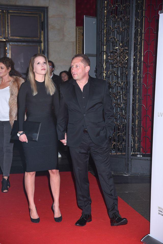 Kamil Durczok wrócił na salony z nową partnerką (ZDJĘCIA)