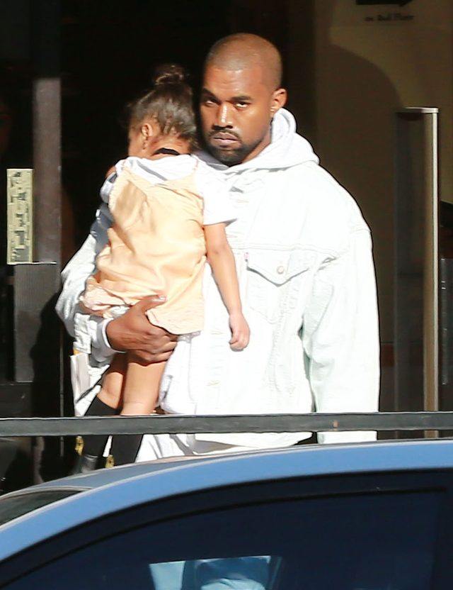 Nie s�dzili�my, �e West zrobi TO na koncercie Biebera