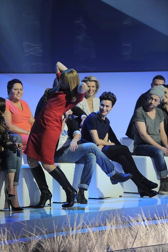 Katarzyna Bujakiewicz: Tu mam zmarszczki, tam się sypię