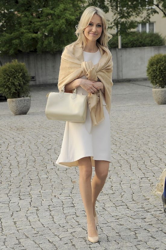 Magdalena Ogórek bez makijażu dalej jest piękną kobietą? (FOTO)