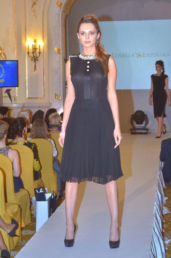 Miss Polski i Miss Supranational na pokazie nowej kolekcji Izabeli �api�skiej