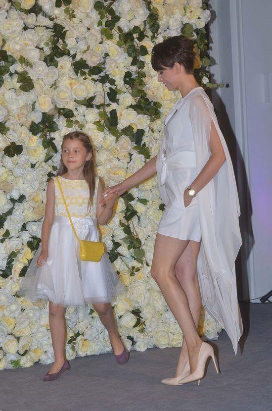 Dorota Gardias w trzech r�nych stylizacjach... na imprezie z dzie�mi (FOTO)