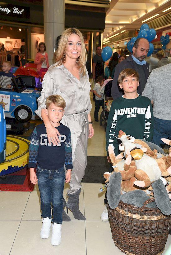 Rodzinne zdj�cie Ma�gorzaty Rozenek rozczuli�o Internaut�w (FOTO)
