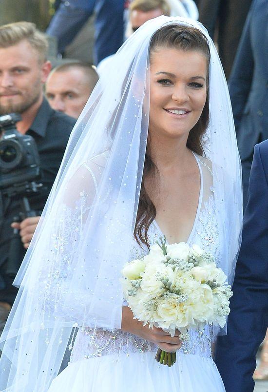 Fani ZWARIOWALI na punkcie sukienki Uli Radwańskiej! (FOTO)