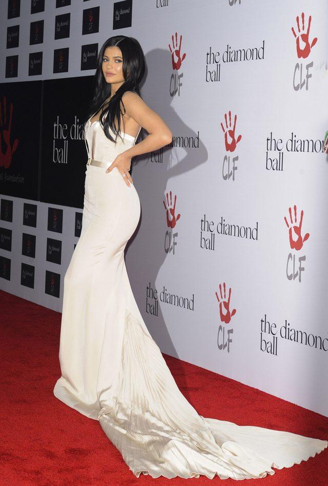 Kylie Jenner ostatecznie przyznała się do TEGO