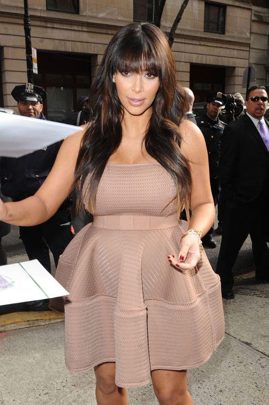 Kim Kardashian i Zoe Saldana w takich samych sukienkach
