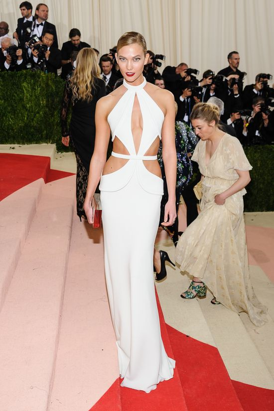 Karlie Kloss pokazała, że ma JAJA? Zobaczcie, co zrobiła z tą sukienką!
