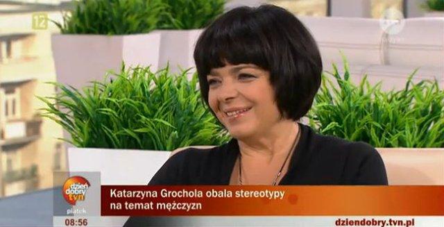 Katarzyna Grochola wyprostowała włosy? (FOTO)