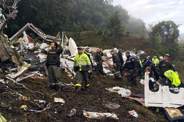 Samolot z 81 osobami na pokładzie rozbił się w Brazylii