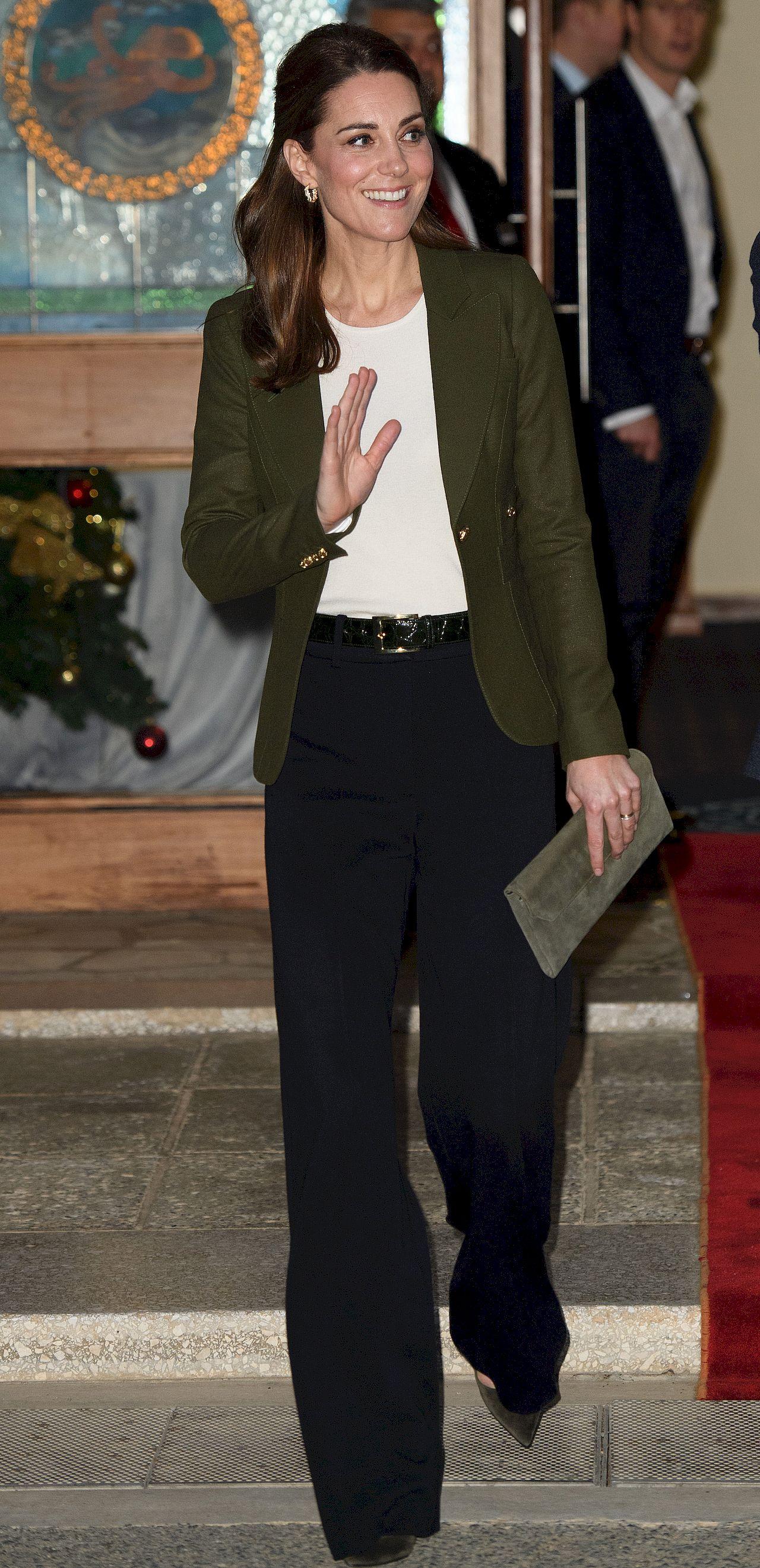 Teraz każda kobieta będzie chciała mieć takie SPODNIE jak księżna Kate? (FOTO)