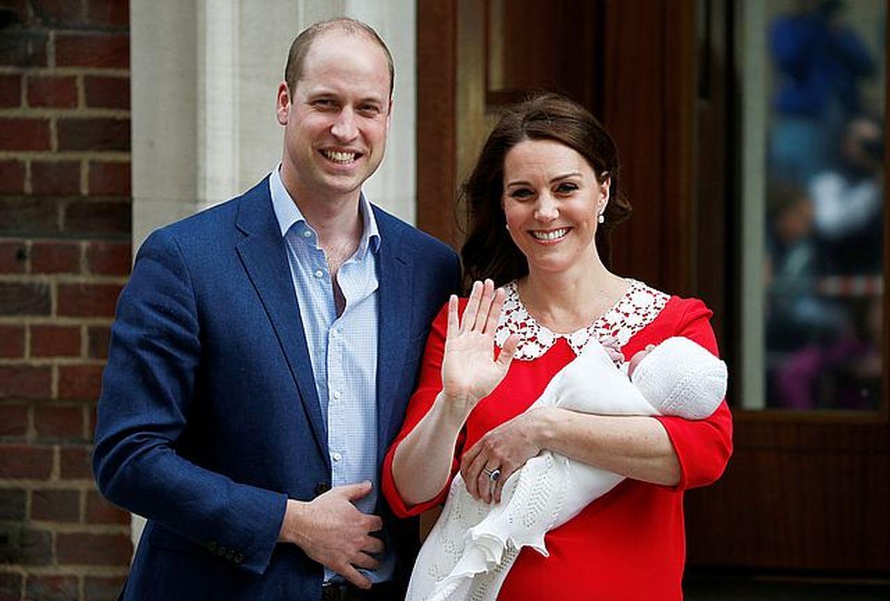 Zobaczcie WYJĄTKOWE zdjęcia z chrztu Kate Middleton