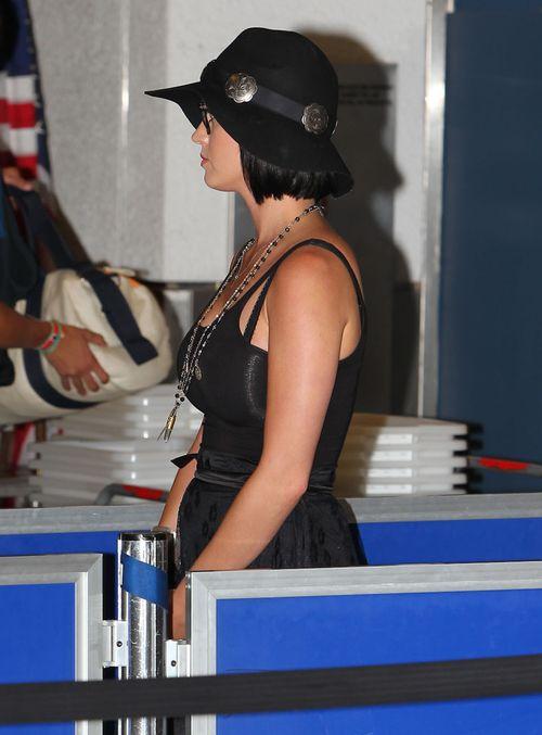 Jak ona się ubrała?! (FOTO)