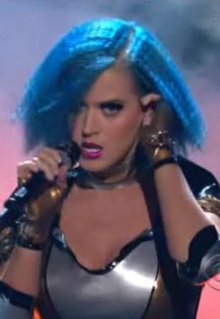 Występ Katy Perry na rozdaniu nagród Grammy 2012 (VIDEO)