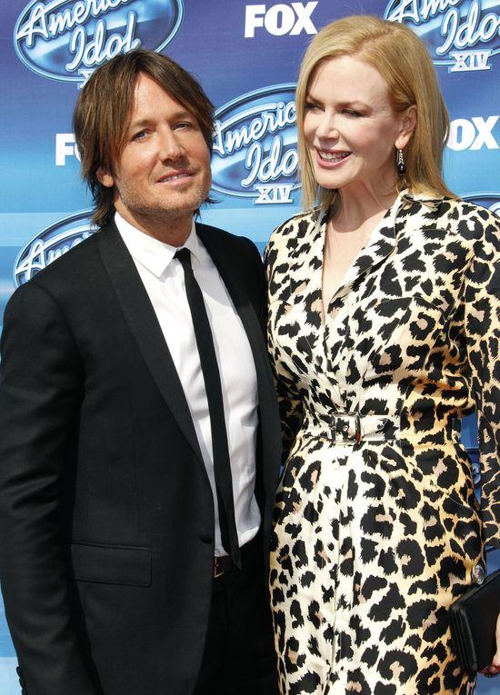 Keith Urban zdradzi� Nicole Kidman z 21-latk�?
