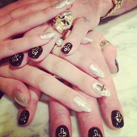 Kelly Osbourne chwali się pierścionkiem zaręczynowym (FOTO)