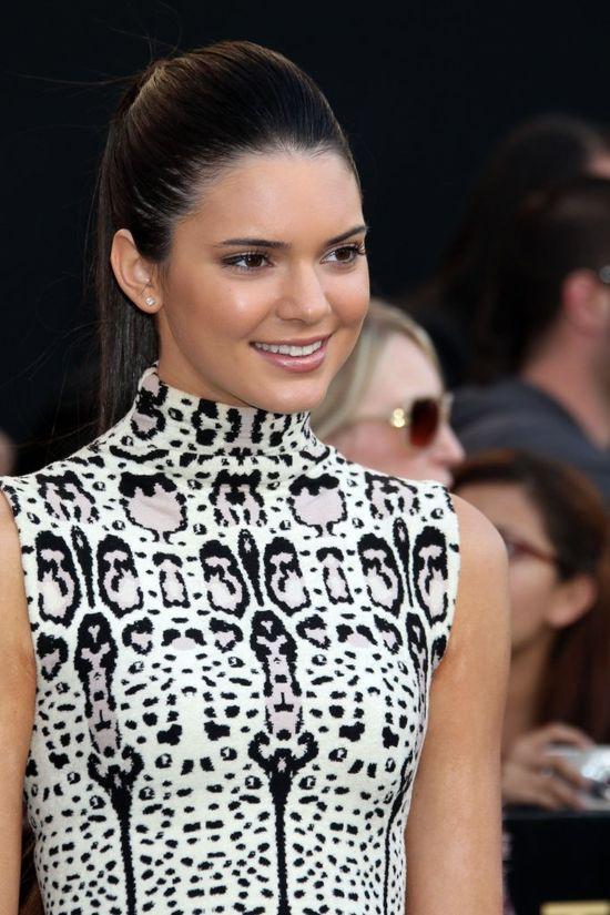 Life&Style: Kendall Jenner zoperowała nos?