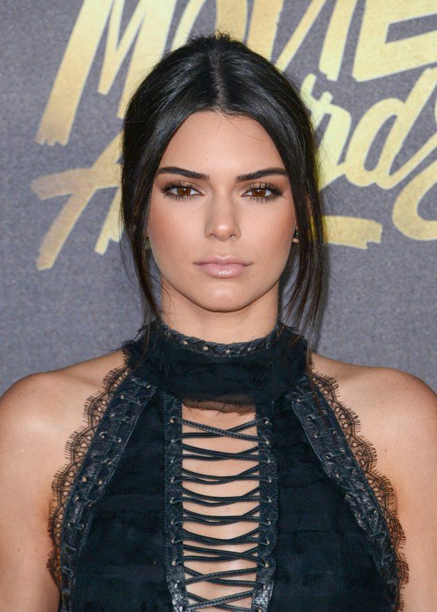 Calvin Klein wymierzył policzek Kendall Jenner