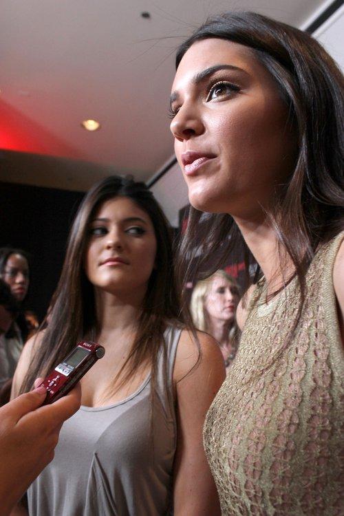 Kendall czy Kylie Jenner - która fajniejsza? (FOTO)