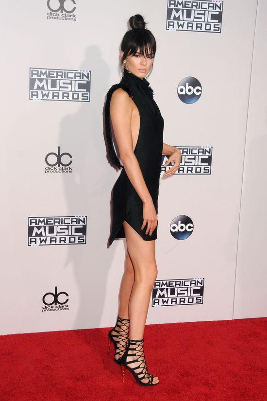Selena Gomez zdradziła SEKRET Kendall Jenner!
