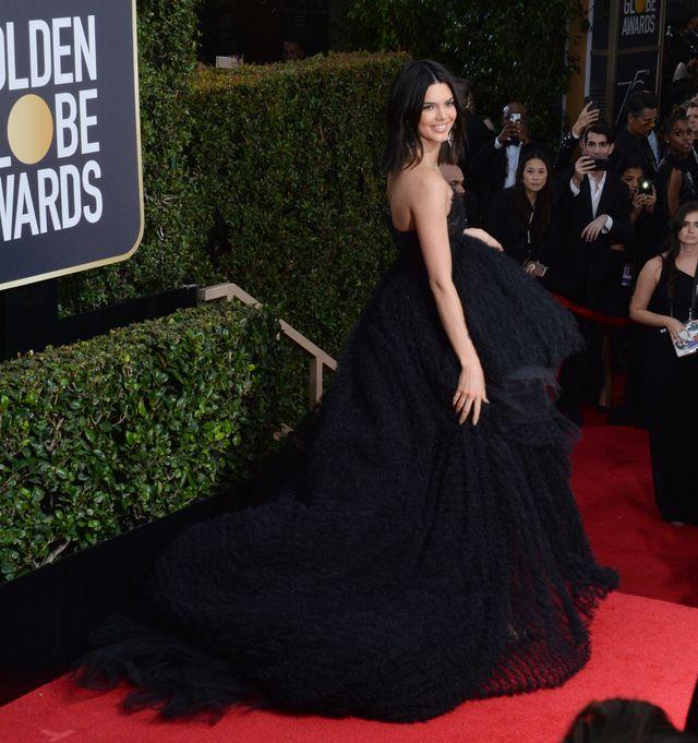 Wyśmiana po Złotych Globach Kendall Jenner odpowiedziała hejterom na Twitterze
