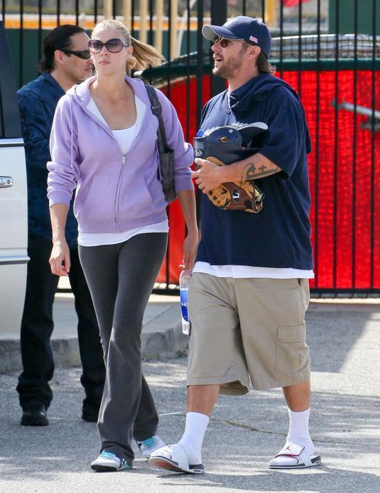 WOW! Zobaczcie, jak schud� by�y m�� Britney Spears! (FOTO)
