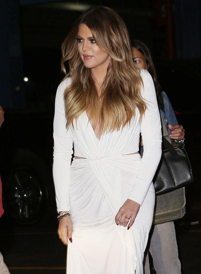 Co Khloe Kardashian ukrywa pod obszernymi bluzami?