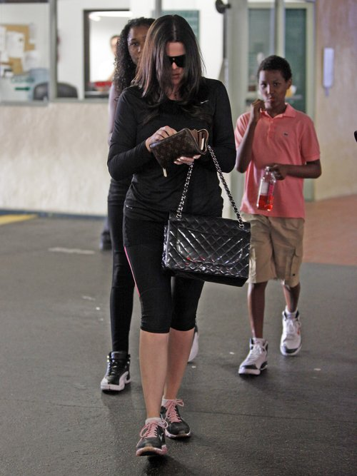 Khloe Kardashian z dziećmi swego męża (FOTO)
