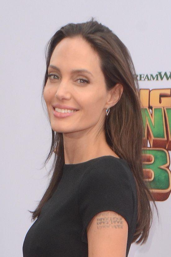 Angelina Jolie nie chce, aby jej dzieci odwiedziły obóz uchodźców