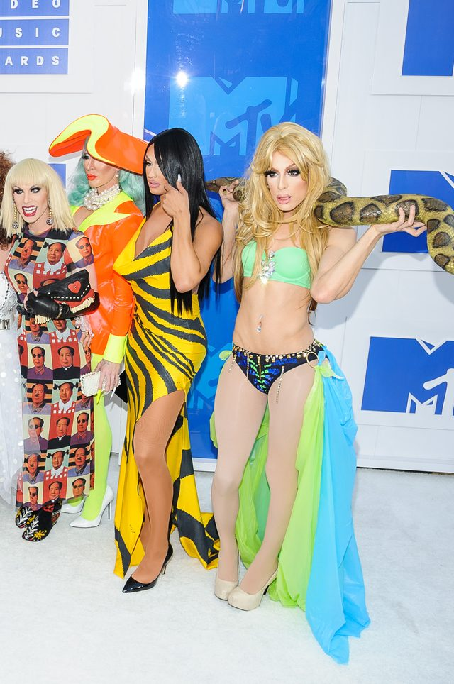 Co tam Beyonce! Zobaczcie najbardziej kiczowate stylizacje gali MTV VMA (FOTO)