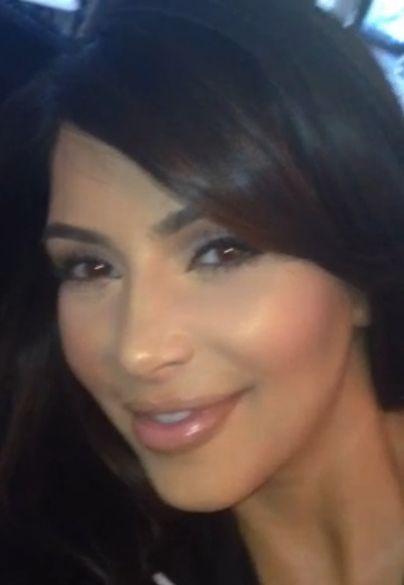 Kim Kardashian robi słodkie minki do Nori? (VIDEO)