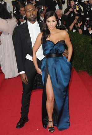 Kim Kardashian chciała być jak Angelina Jolie? (FOTO)
