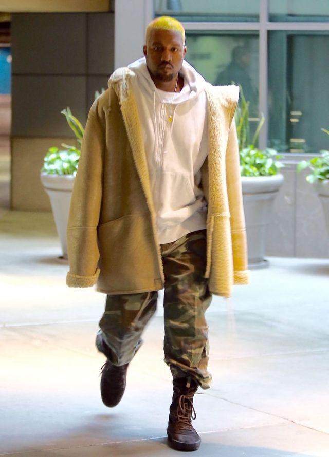Kanye West wrzucił na Twittera tak normalne, że aż NIETYPOWE zdjęcie rodziny