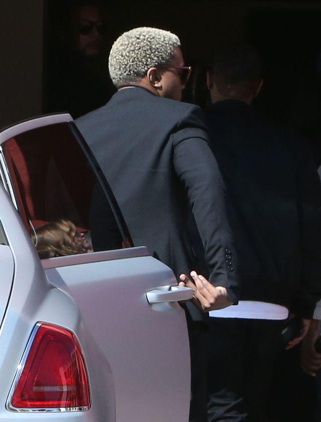 Kim Kardashian i Kanye West na pogrzebie 17-miesięcznego Avery (ZDJĘCIA)