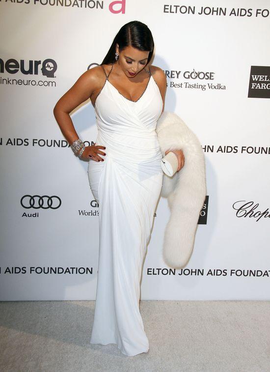Gdzie ten brzuszek Kim Kardashian? (FOTO)