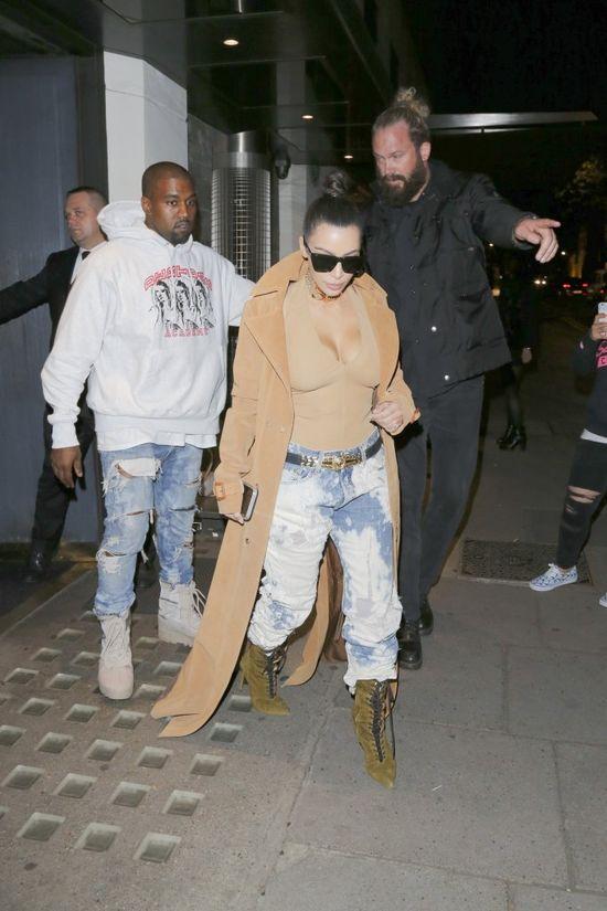 Kanye, co Ty zrobiłeś swojej żonie?! (FOTO)