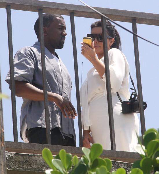 Kim Kardashian buduje skrzydło domu specjalnie dla niań