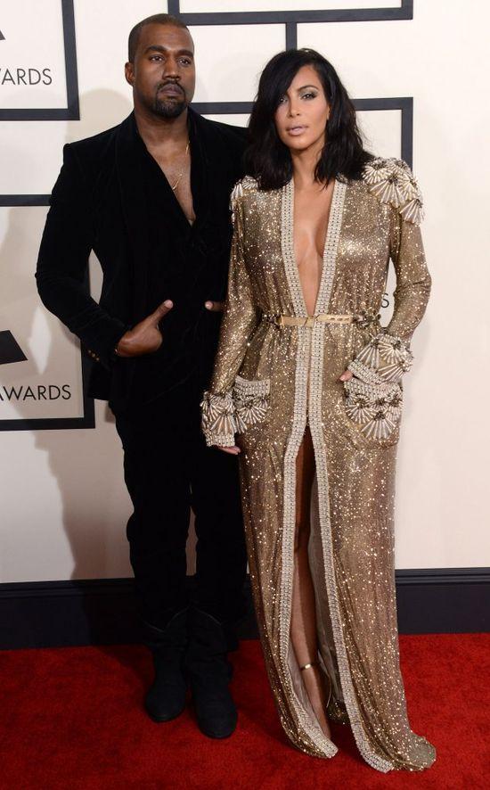 Zmru�cie oczy - od Kim Kardashian bije blask! (FOTO)