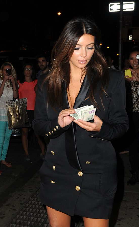 Oto sekret kształtów Kim Kardashian! (FOTO)