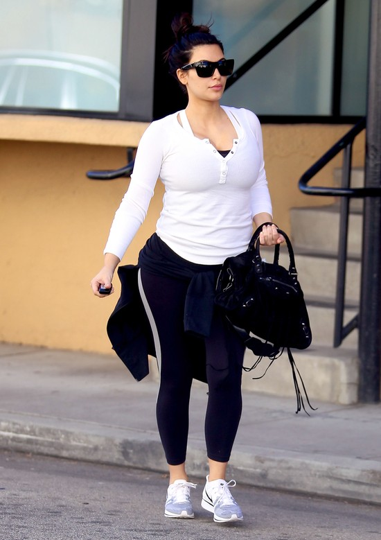 Kim Kardashian ćwiczyła nawet w Walentynki (FOTO)