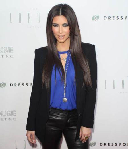 Kim Kardashian obcięła włosy!