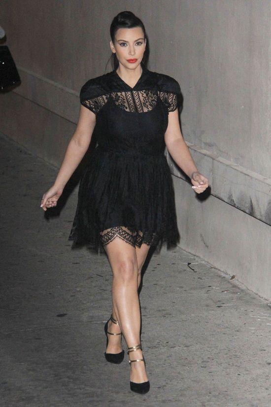 Jak dużo przytyła Kim Kardashian? (FOTO)