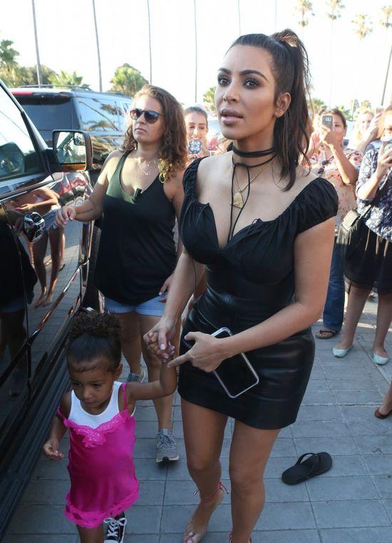 Kim chciała zaprzyjaźnić się z Rihanną. Wypowiedź piosenkarki MIAŻDŻY!