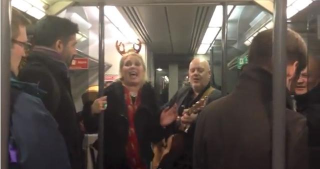 Kim Wilde pijana śpiewała w pociągu