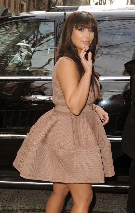 Kim Kardashian jak nietoperz
