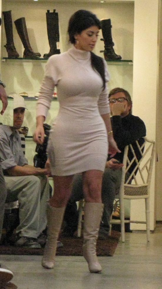 Kanye West lubi puszystą Kim Kardashian (FOTO)